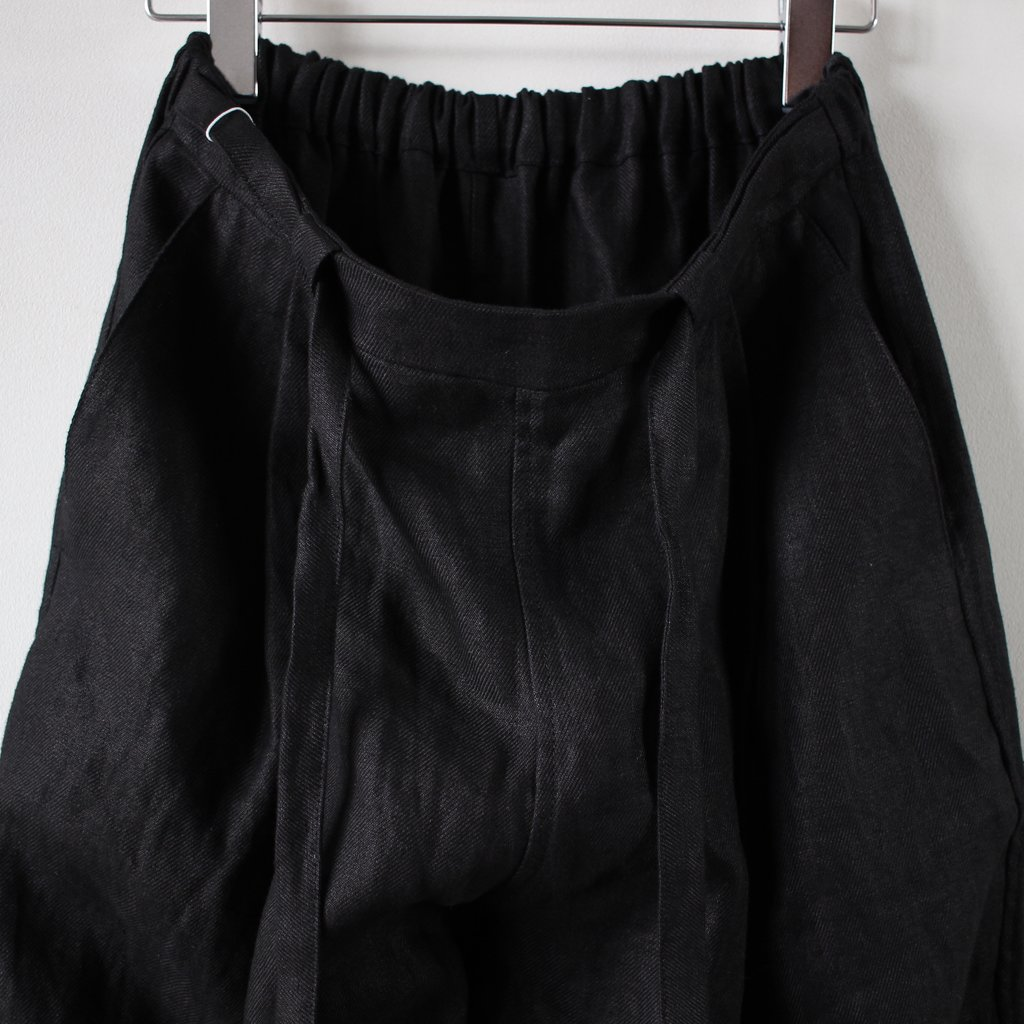 TUCKED WIDE PANTS #black