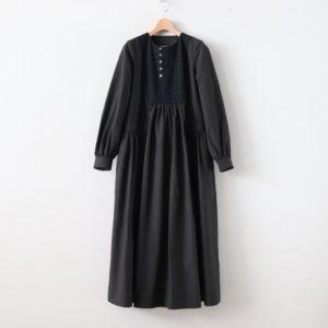 春霞むEMBROIDERY YOKE DRESS #スミクロ [TLF-220-op004-e]